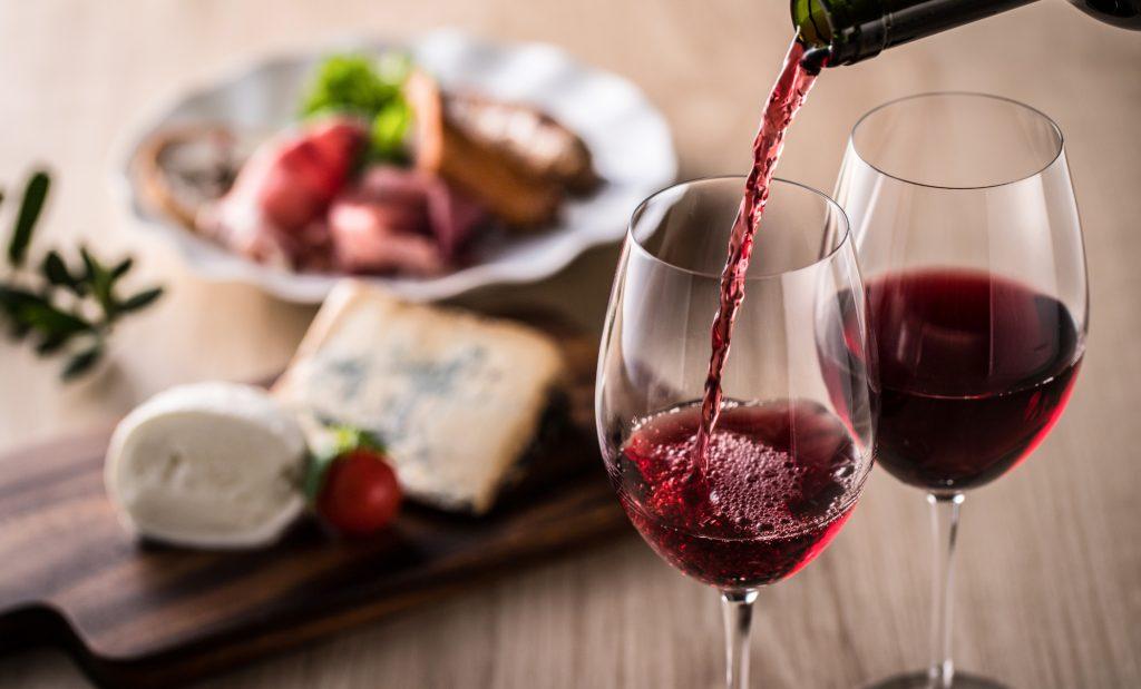 copas de vino lambrusco