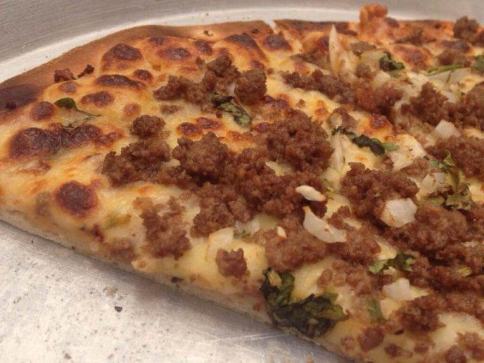 pizza de suadero